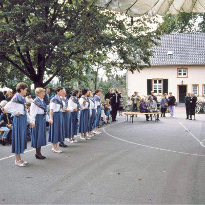 Heimattag_1992_Tanzgruppe_1
