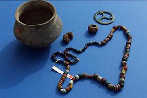 Funde aus dem fränkischen Gräberfeld