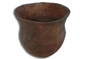Riesenbecher aus frühen Bronzezeit