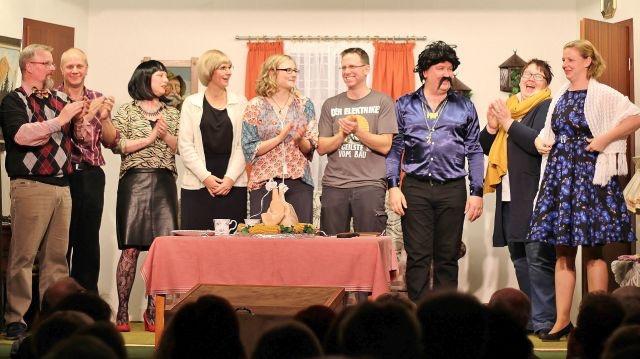 Platt-Deutsch-Theater-Heimatverein-Erle-2019-12